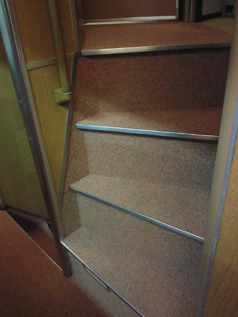 カシオペア個室への階段